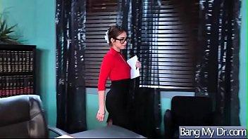 patients doctor jerking her Nio con pene pequeo