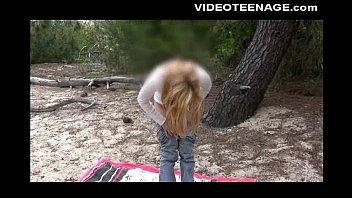 blonde car beach bikiny5 Threesome licking cum off her feet