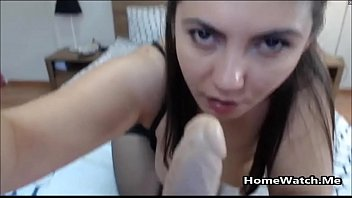 hui li lin Real mom catches daughter fucking father