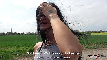 rogor video anak ibu Jerking on her clit