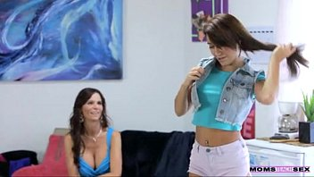 aon mom teach Intense couple show eachother their love