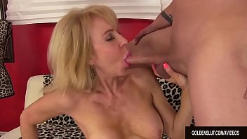 cumin big woman mature mouth take her Couple oil massage