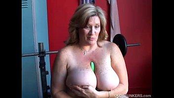 big amateur ebony tits bbw Og plays balls with jessica valentino