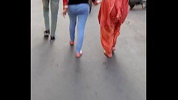 voyeur bikini blue ass in the walking rain Me gusta compartir a mi esposa mexicana