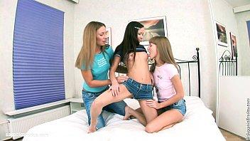 leslie and lesbians superb danielle Daniela florez ttl model